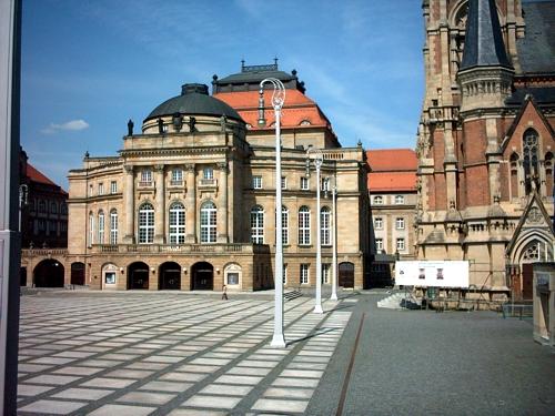 Theaterplatz Chemnitz mit Oper